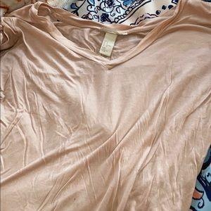 H&M basic pink t shirt